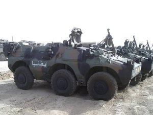 Veicolo blindato leggero per trasporto truppe PUMA 6x6 prodotto dal Consorzio Iveco Fiat - Oto Melara.