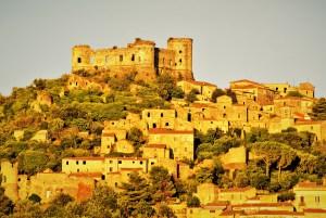 La fortezza e il borgo di Vairano Patenora (CE)